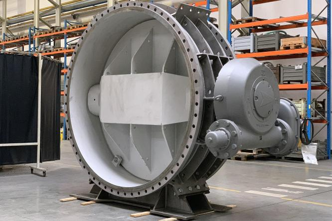 Giant Butterfly valves DN 2600 for Nuclear Power Plant Temelín